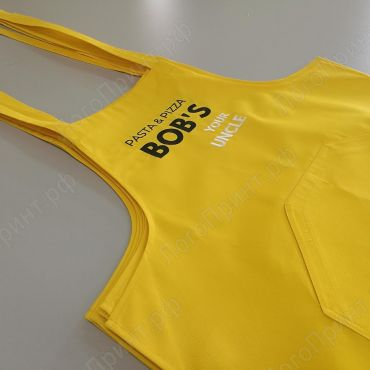 Желтый фартук с вышивкой